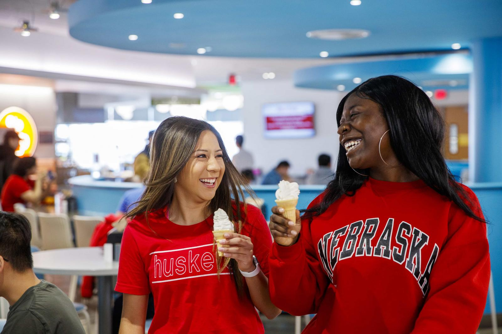 Students enjoy a tasty treat at Cather Dining Center