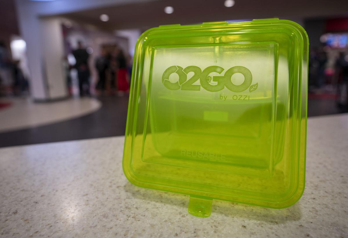 OZZI O2GO container on a table at the Nebraska Union
